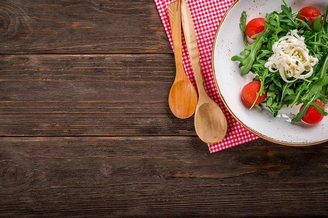 ファスティング回復食のサラダの画像