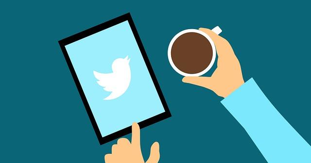 スマホでTwitterの相互フォローの人を集めている絵のイメージ画像