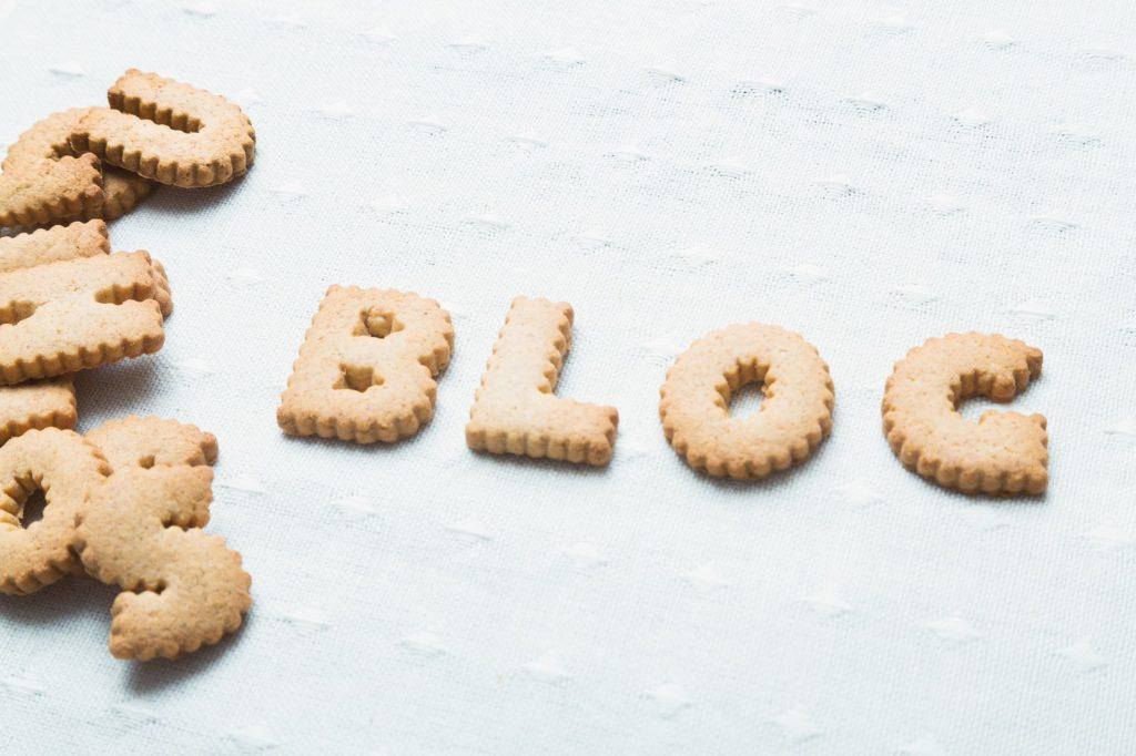 BLOGという形のクッキーの画像