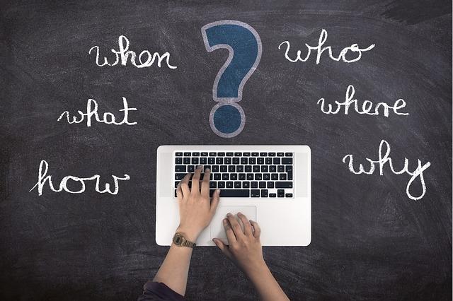 パソコンで、アフィリエイトがオワコンと言われている理由を探している画像