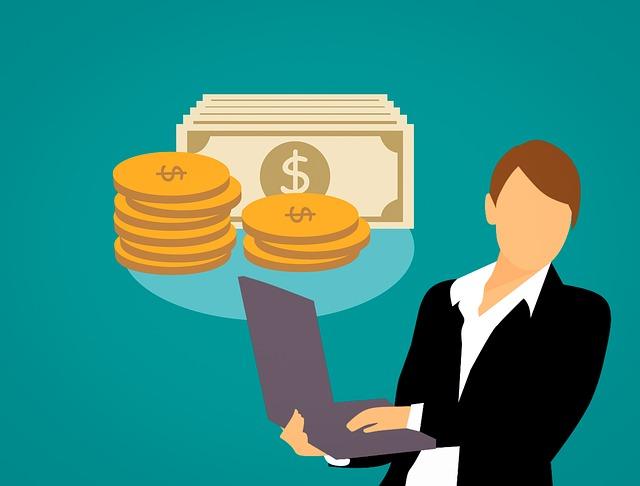 お金とパソコンを操作している女性のイラスト画像