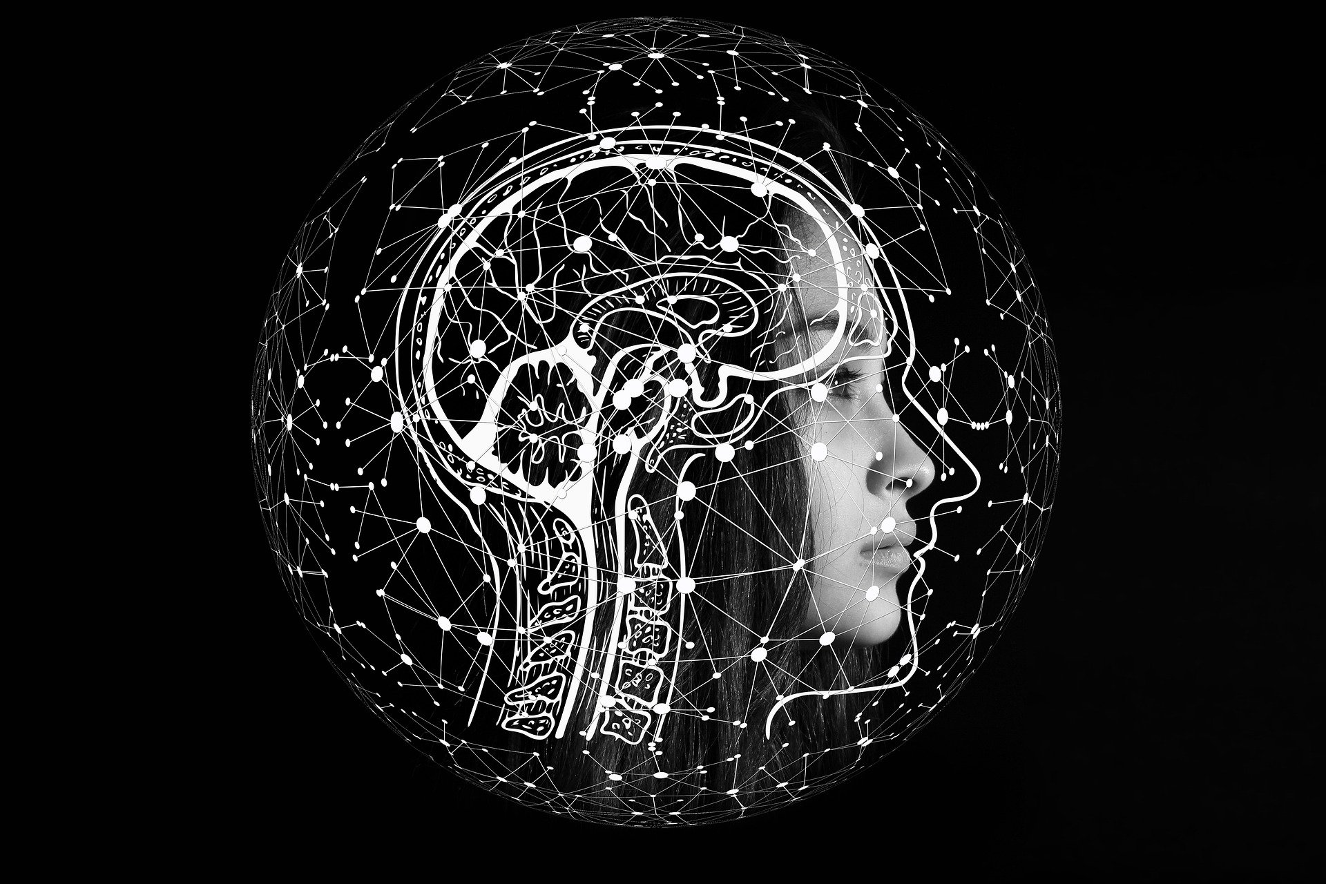 脳を働き過ぎている女性の頭部の画像